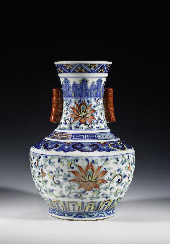 Ovoid vase, 18th century