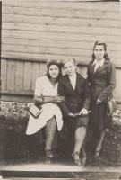 Białoruś. Wieś Piaskowce. Fotografia z albumu rodzinnego Juliana Czapli (ur.1921). Kolekcja fotografii archiwalnej – Losy posłuchane - Białoruś. [Dokument ikonograficzny] - Nieznany