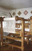 Sieradz - warsztat tkacki w klasztorze Sióstr Urszulanek [Dokument ikonograficzny] - Marszałkowski, Janusz